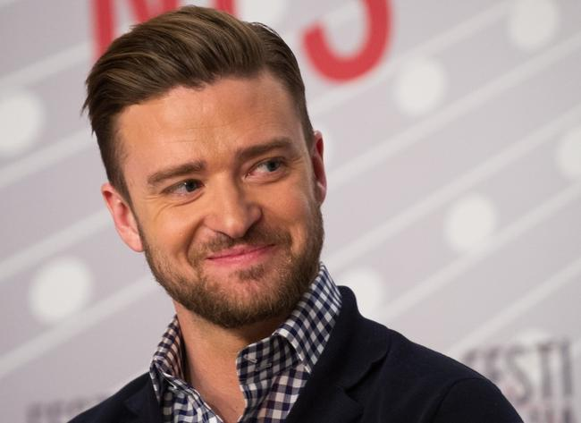http://cdn3.glamka.smcloud.net/t/photos/t/21312/justin_timberlake_tunnel_vision_nowy_238295.jpg
